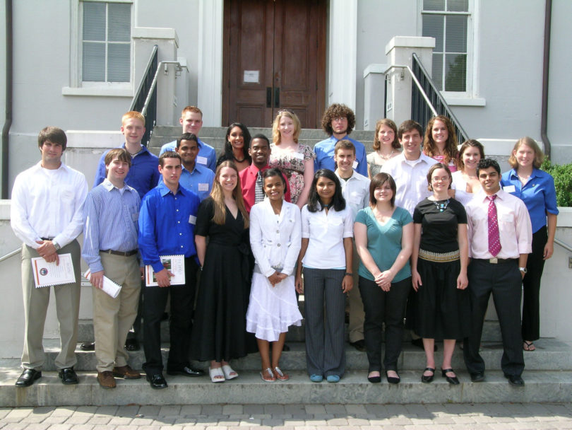 CURO summer research-H.Group2007