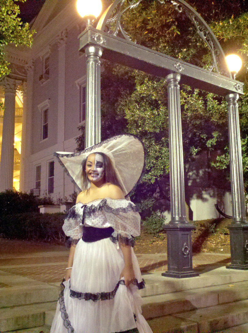 Ghost tours girl arch 2013-v
