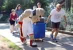 Hairy Dawg helps with move-in 2014-h