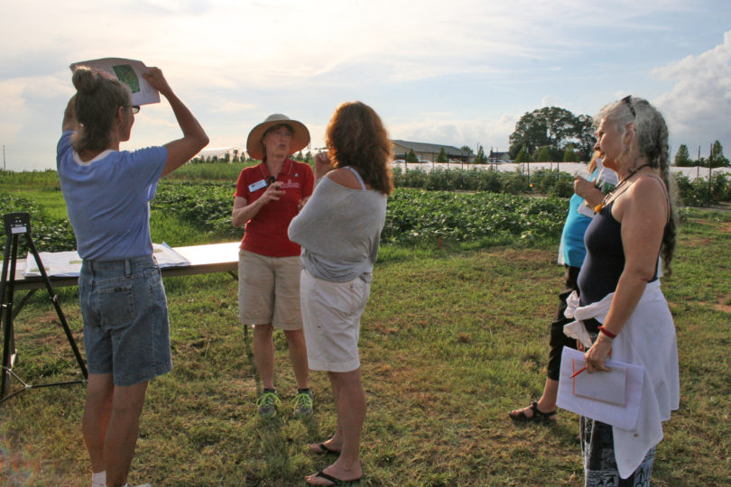 Organic Twilight Tour 2014 Gaskin talk-h.photo