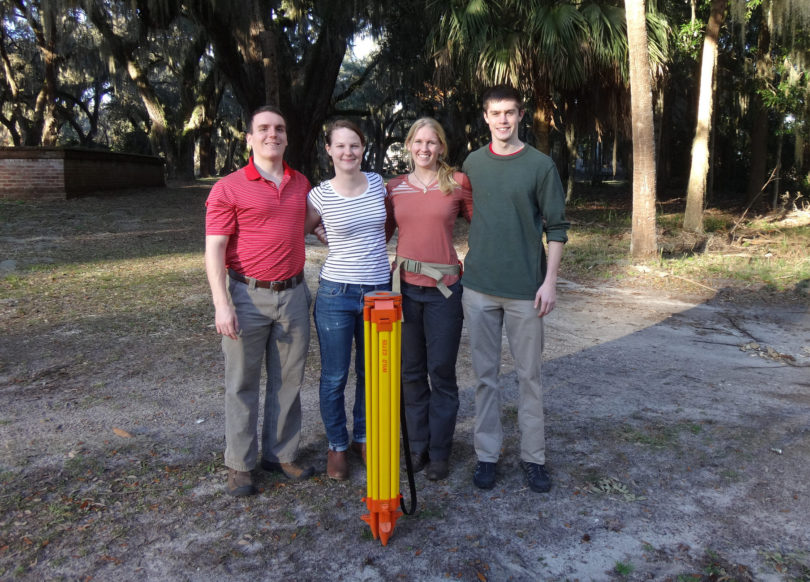 Wormsloe solar power system group 2016-h.photo
