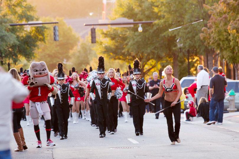 homecoming parade.h. band