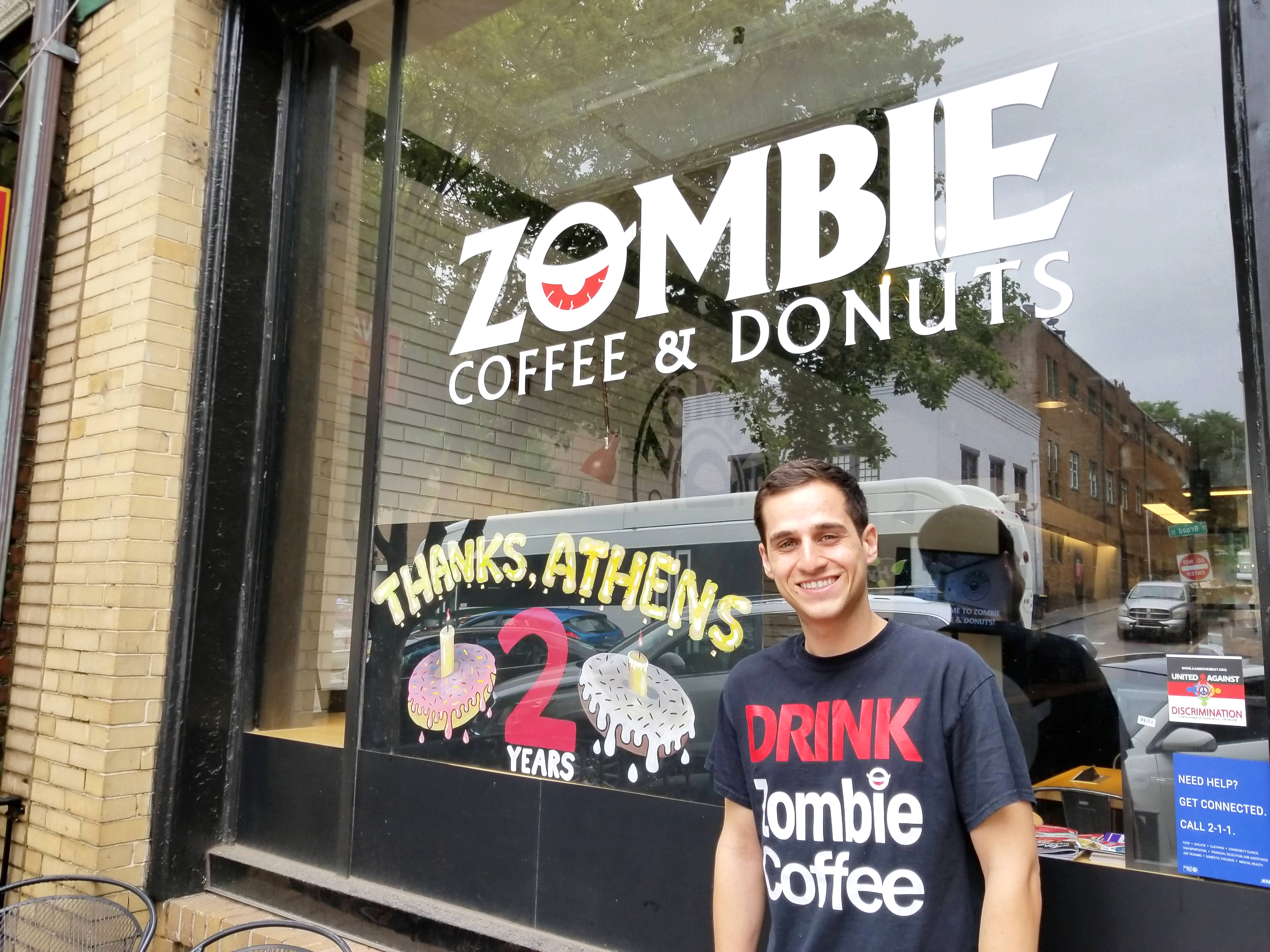 ca0e14d6cd8 UGA alum runs a doughnut business that gives back - UGA Today