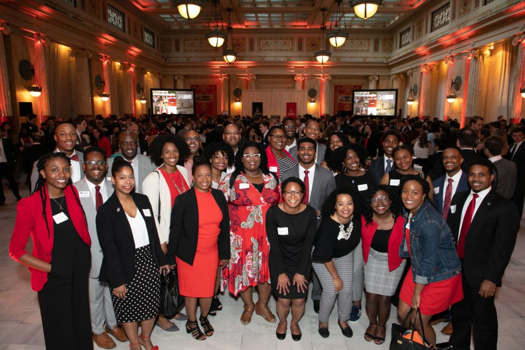 Hundreds of alumni and friends came together at the UGA in Washington reception.