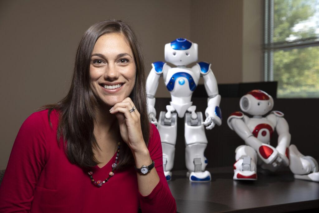 Photo of assistant professor Jenay Beer