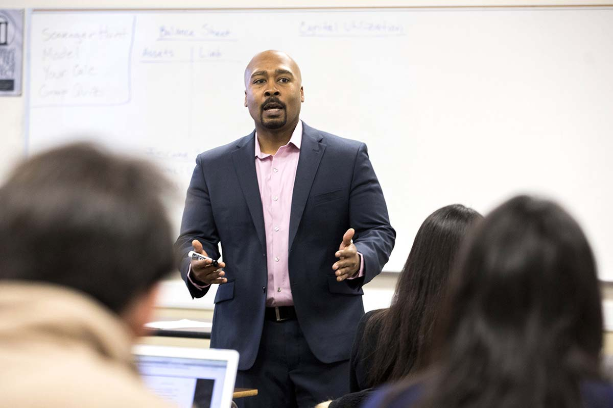 Family financial talks impact students' money views