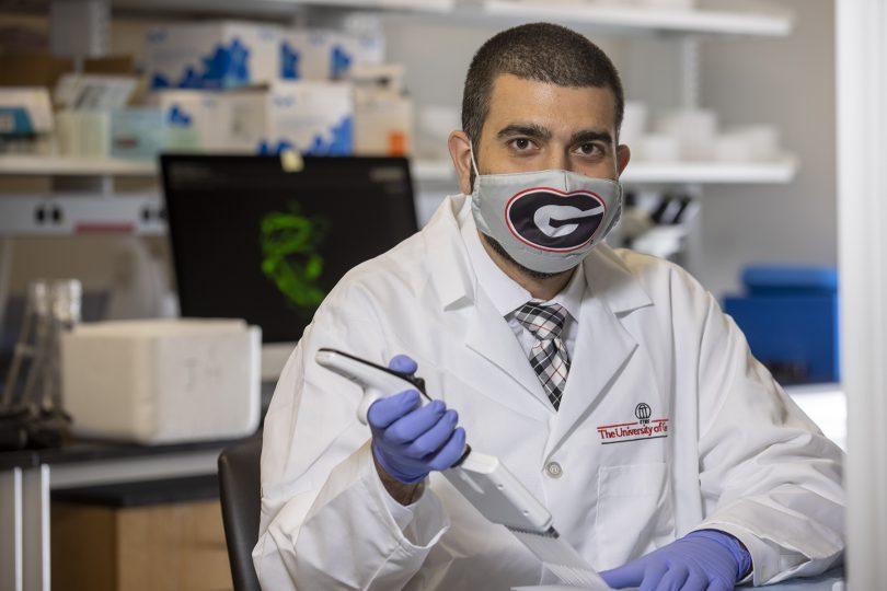 Jarrod Mousa in lab
