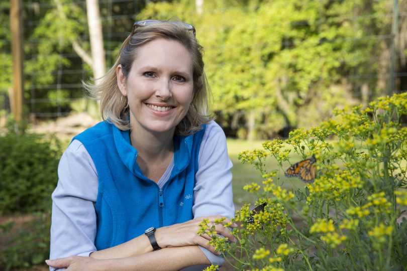 Photo of Sonia Altizer at the Butterfly Research Gardens.