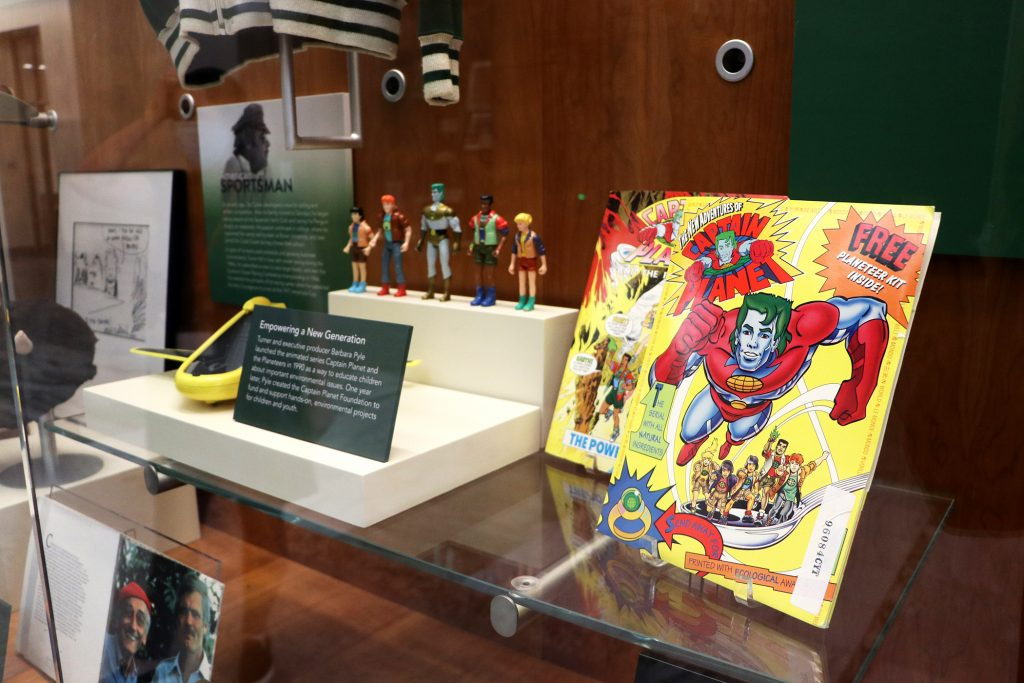 Captain planet comic book and action figure toys.